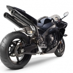 Yamaha R1- Two Brothers black carbon
